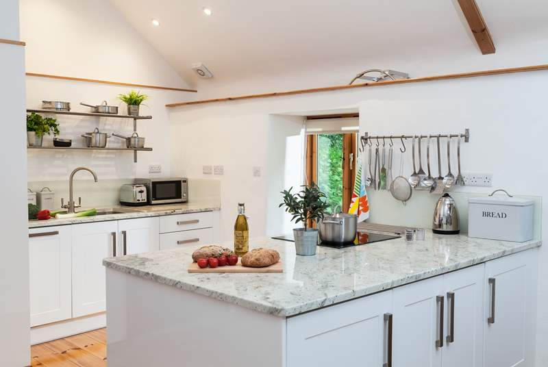 The kitchen-area is really quite spacious and has everything you need to cook a fabulous supper.