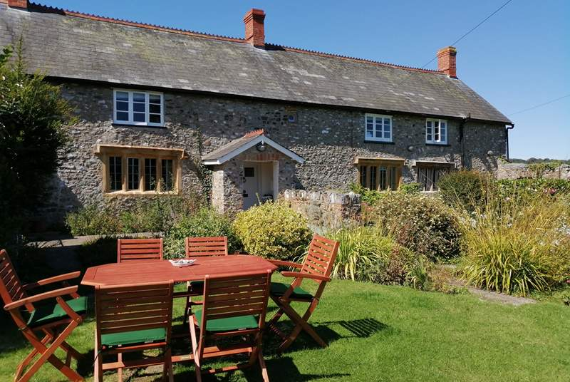 Woodend Farm is a stunning period building with a large sheltered  and private south-facing garden.