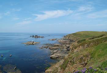... which winds its way on to the most southerly tip of England, spectacular Lizard Point.