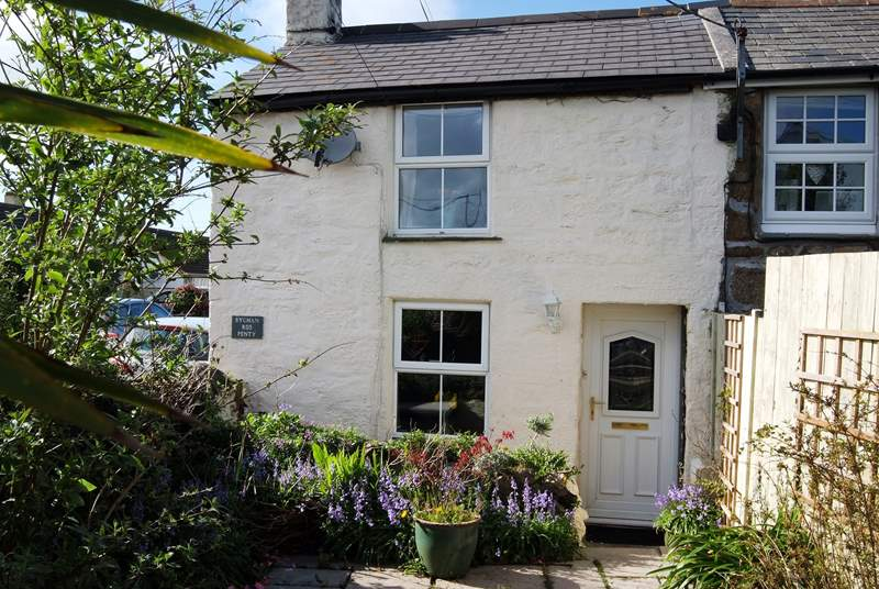 The cottage is end of terrace, and is completely private from its next door neighbour. It is located on a road (30mph) in the heart of the village, so the shop and pub are not far away.