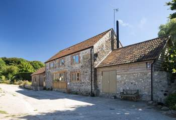 Sturthill Stable is a lovely barn conversion on a working dairy farm in the most beautiful Dorset countryside, just a few miles inland from The Jurassic Coast.