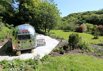 The location of Airstream 1234 is just lovely.