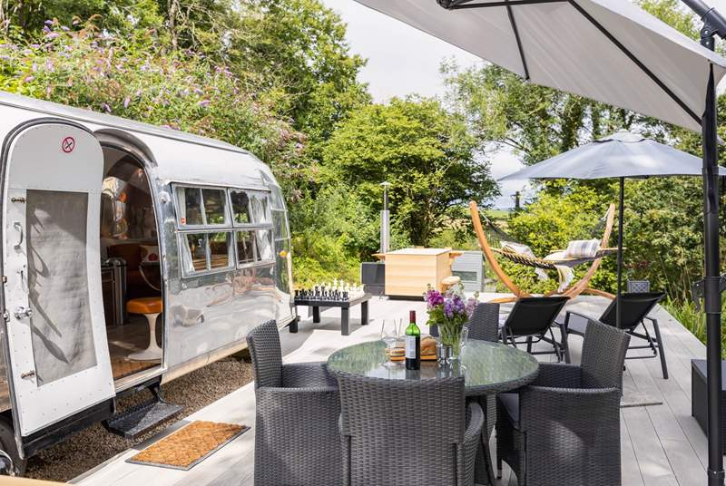 Welcome to the luxury Airstream 1234.