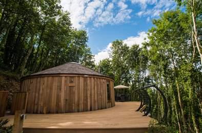 Pheasant Cedar Yurt. Sleeps 5, 2.2 miles NW of Dartmouth