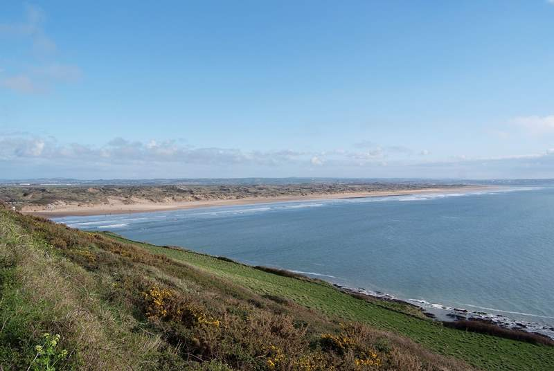 Yes another amazing beach - this is Saunton Sands.