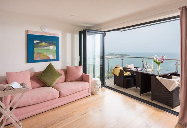 Gorgeous soft furnishings and sea views.