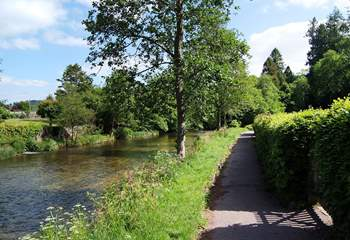 The riverside walk into Dulverton.