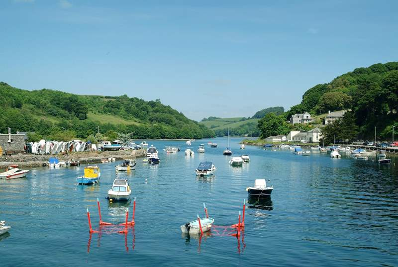 Looking upriver from Looe town bridge.