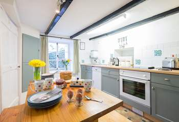 The lovely kitchen/dining-room,