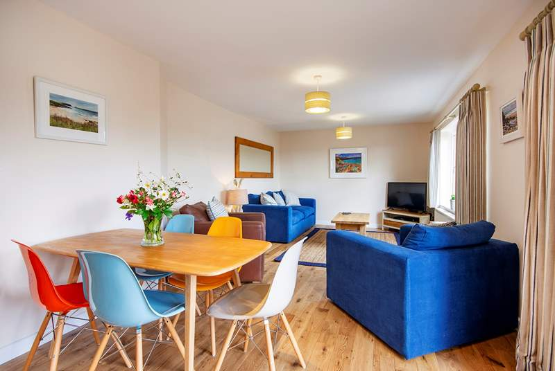The open plan living area will ensure you can all enjoy time together.