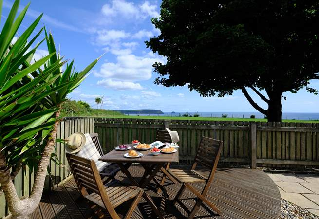 Enjoy the view over to Nare Head & Gull Rock from the deck.