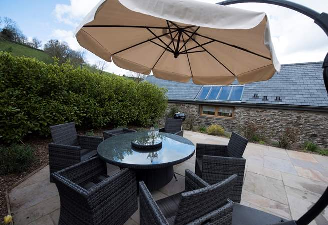 Lovely patio set, perfect for a spot of lunch in the sun.