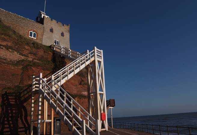 This is Jacob's Ladder at Sidmouth. There is a long sandy beach here at low tide.