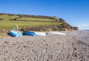 The beach is so unspoilt, there is a beachside car park and a seasonal cafe/shop, and of course the South West Coast Path to challenge you.