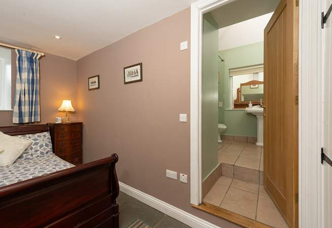 Please note the steps from this bedroom up into the en suite bathroom.