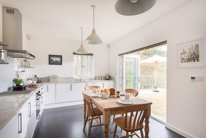 The fabulous kitchen/breakfast-room.
