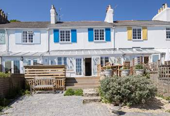 Originally two Coastguard Officer's Cottages, the owners have sympathetically restored Cobb Cottage retaining many original features.