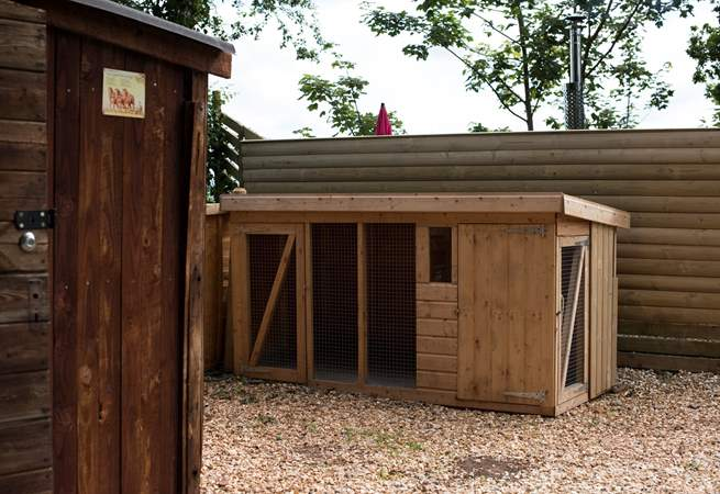 The owners have even provided a kennel for your four-legged friend to dry off if required.