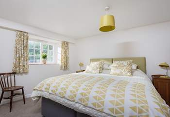 This gorgeous bedroom has a 6ft double or twin 3ft single beds depending on your preference.