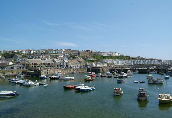 The pretty harbour town of Porthleven is now a real 'foodie' destination with a wide choice of cafes, pubs and restaurants serving local produce.