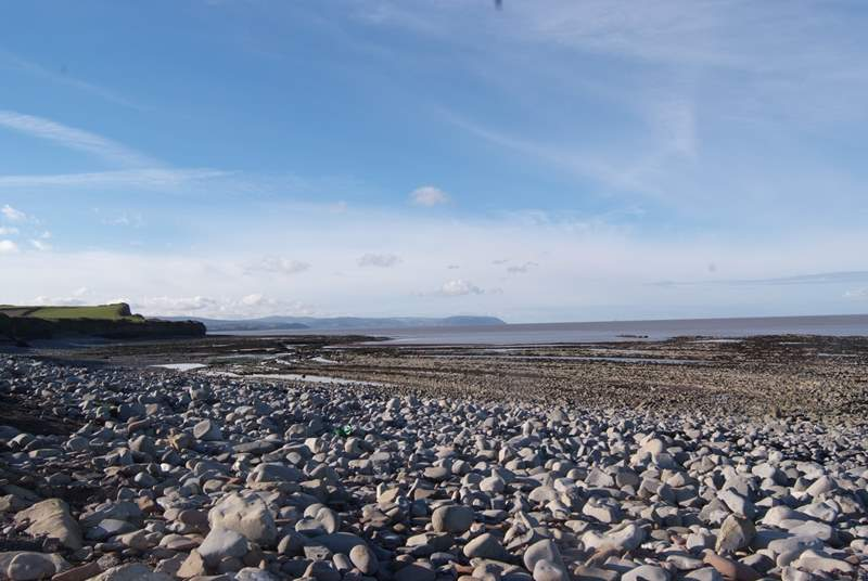 Where the Quantock Hills dip down to the sea, you will find this amazing Jurassic Beach at Kilve.A wonderful place to explore rock pools and rock formations