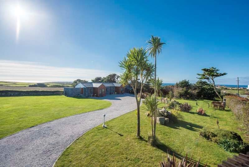 The cottages are set in gorgeous grounds with plenty of space for children and adults to enjoy.