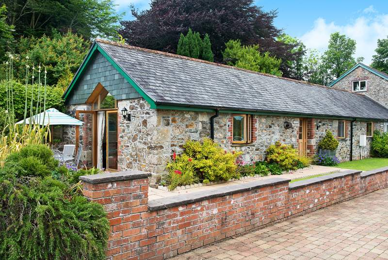 FernGully is a gorgeous single-storey cottage.