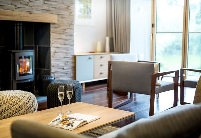 Enjoy a glass of something before dinner - perhaps wander across to the hotel for a bite to eat or a drink in the bar.