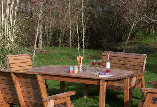 In the garden you will find a pleasant spot for dining outside.
