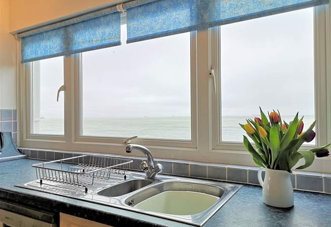 Take advantage of the breathtaking views whist cooking up a treat.