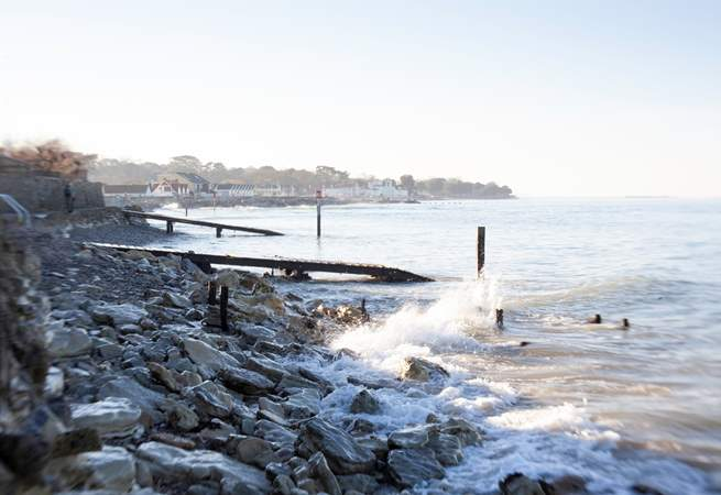 Year round, a walk along the seawall provides refreshing views across seafron, as the tides roll in and out.
