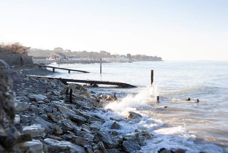 Year-round, a walk along the seawall provides refreshing views across the seafront, as the tides roll in and out.