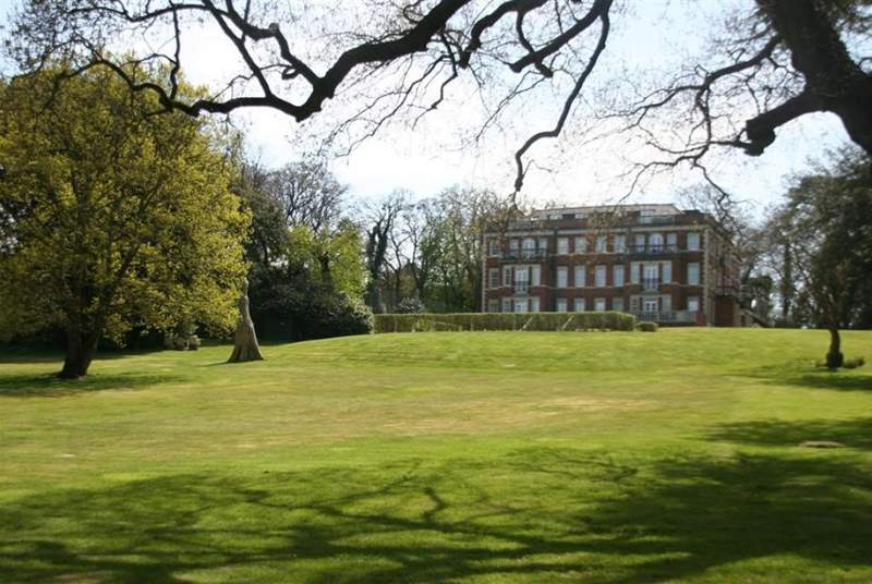 The lovely grounds of Springfield Court.