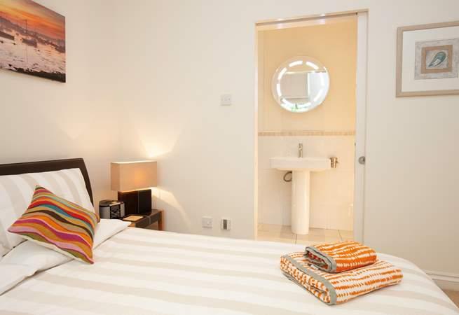 ...with en suite shower-room.
