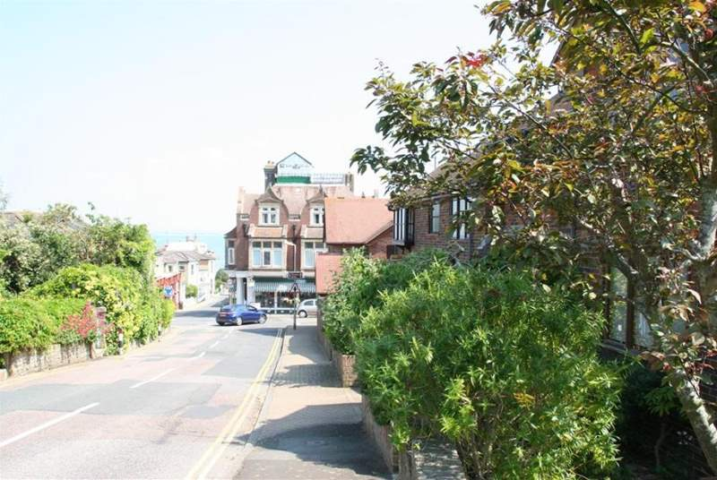 The shops and seafront are just a short walk from 5 Sandpipers.