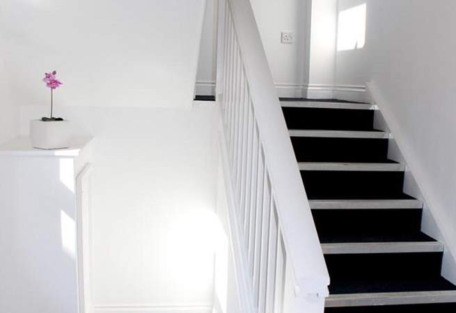 Number 8 Appley Sands is on the top floor with access from a communal stairway.