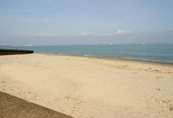 Appley beach stretches to Ryde or Puckpool and is a lovely safe beach for young families.