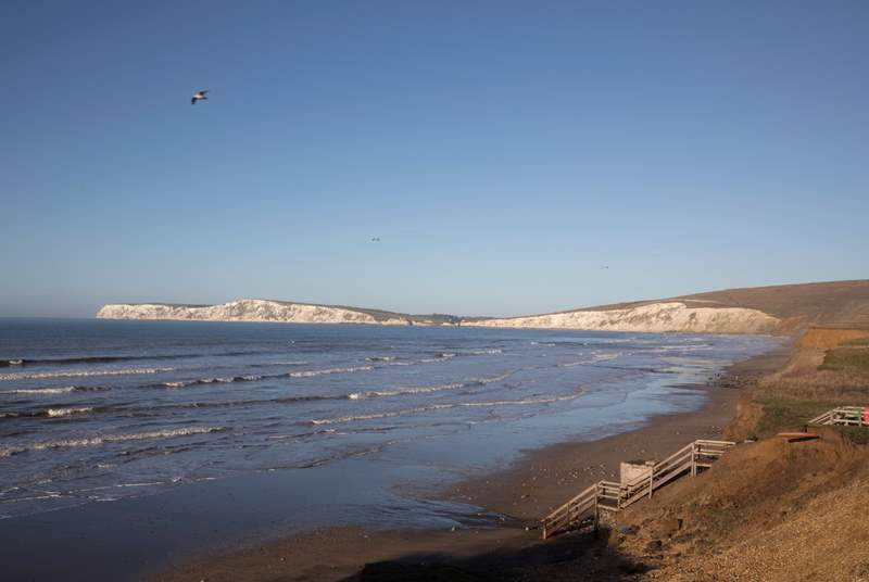 The stunning Compton Beach always has a lovely atmosphere.