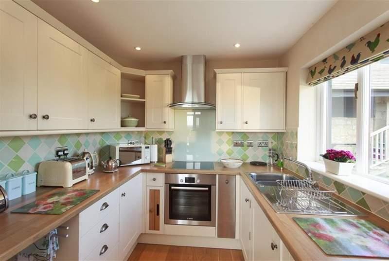 Large modern kitchen.