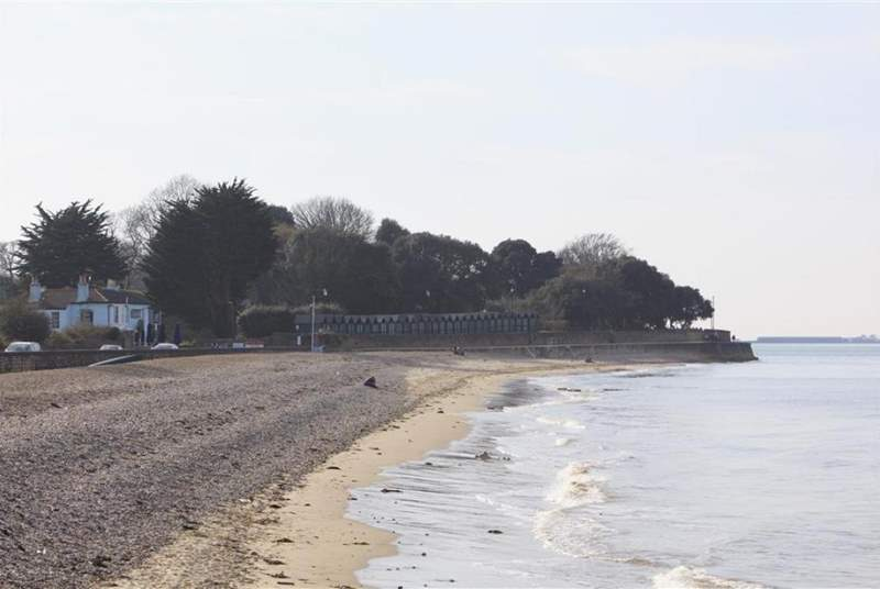 Seaview seafront towards Puckpool park