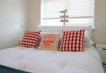 After a good night's sleep in this cosy double bedroom, you will awake refreshed and ready to go.