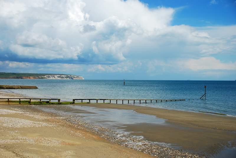 The very popular Shanklin Beach.