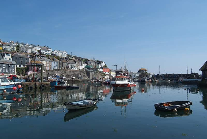 Beautiful Mevagissey harbour is just a mile away.