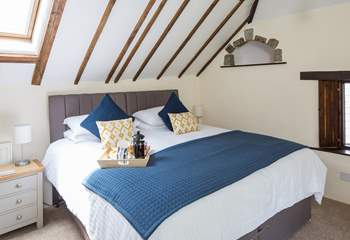 Master bedroom, with a fabulously comfy super-king size bed.