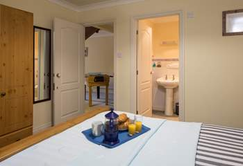 En suite to bedroom 2 comprises of a shower cubicle. Perfect for washing sandy toes after a day on the beach.