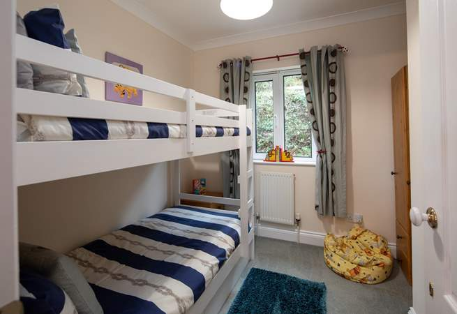 Bedroom 4 is the bunk bedroom. An extra child (under the age of 10 years) can be accommodated in the top bunk.