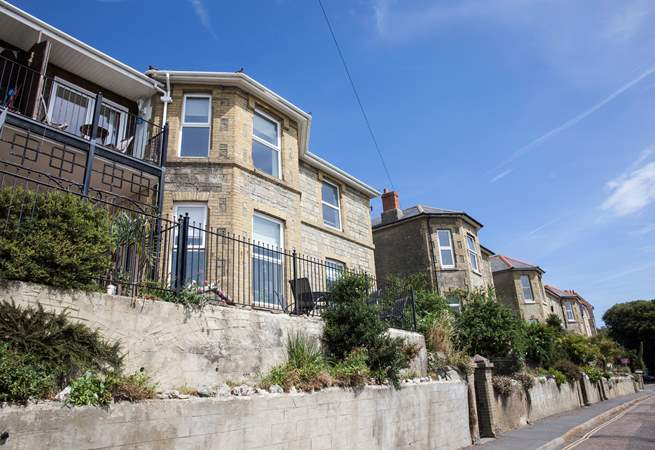 Ventnor Town is just down the road as is Bonchurch Village with the renowned Bonchurch Inn.