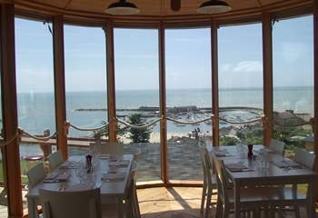 Hix Oyster and Fish House in Lyme Regis serves fabulous food with magnificent views. (Hix offers a 10% discount to Classic Cottages guests for groups of 6 or less. Guests will need to show their booking information.)