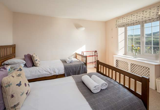 Bedroom 4 has 3' twin beds and that fabulous view of the sea.