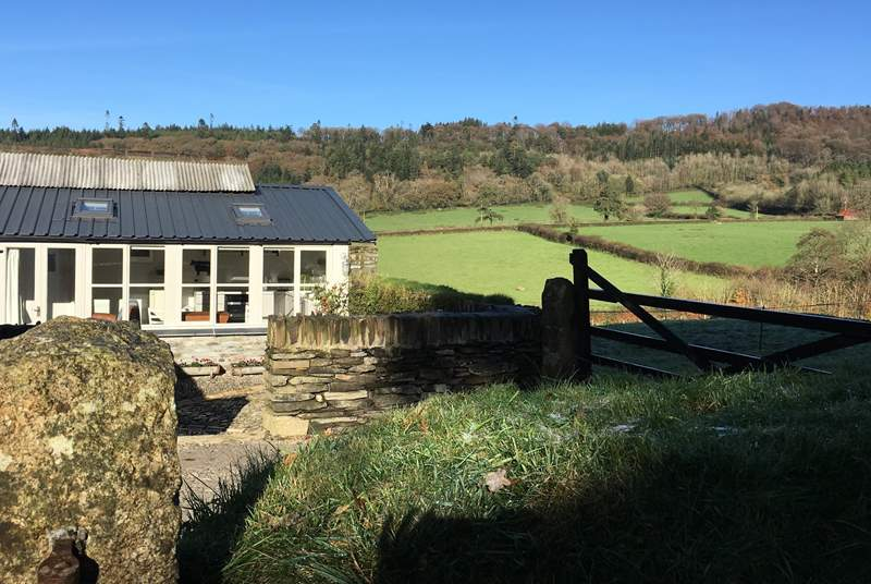 The Apple Store is surrounded by uninterrupted rolling countryside. The patio area in front of the cottage is fully-enclosed, perfect for your four-legged friend, safe in the knowledge that they can't escape and go exploring solo (we hope!).